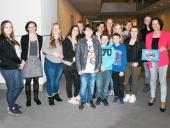 Neun Kinder und Jugendlichen besuchen am 20.3.3017 in Berlin den Bundestag.