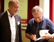 2017 Fachforum: Dr. Richard Müller-Schlotmann - Bereichsleiter der Pflegekinderhilfe Menden mit Ben Furmann