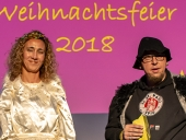 Das Team der Wohngruppe Fröndenberg spielt eine selbst ausgedachte Weihnachtsgeschichte