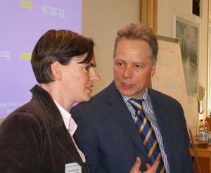 Claudia Schirmer im Gespräch mit Dr. Karl Heinz Brisch aus München